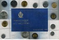 Изображение Подарочные монеты Сан-Марино Регулярный выпуск 1989 года 1989  UNC Набор посвящен регул