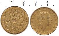 Изображение Дешевые монеты Европа Италия 200 лир 1994 Латунь XF