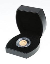 "Изображение Аксессуары для монет Искусственная кожа Футляр ""Морион"" из искусственной кожи для монеты (Ø 46 мм) 0   Футляр предназначен"