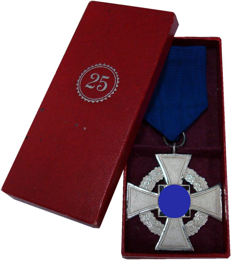 Изображение Значки, ордена, медали Третий Рейх Медаль 0  UNC-