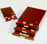Изображение Аксессуары для монет Планшеты Дерево Деревянный планшет HMB 20 M для монет в холдерах (323232) 0