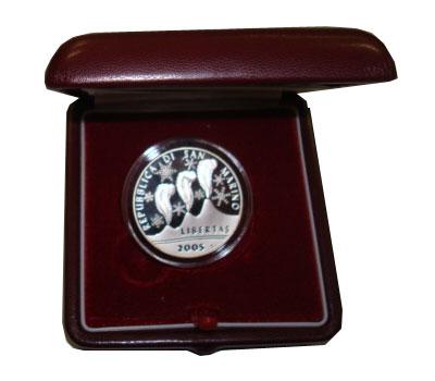 Изображение Подарочные монеты Европа Сан-Марино Олимпийские игры в Турине 2006 2005 Серебро Proof