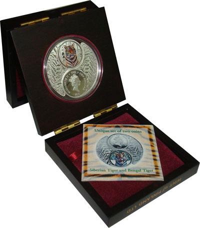 Изображение Подарочные монеты Фиджи Год Тигра 2010 Серебро Proof