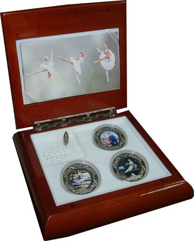 Изображение Подарочные монеты Новая Зеландия Ниуэ Русские сезоны в Париже 2009 Серебро Proof