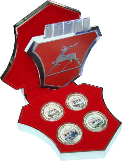 Изображение Подарочные монеты Новая Зеландия Ниуэ Известные машины ГАЗ 2008 Серебро Proof