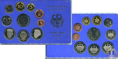Каталог - подарочный набор  ФРГ Монеты 1990 (чеканка Карлсруэ)