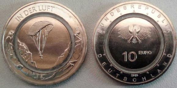 """Новинка. Германия 10 евро 2019 """"В воздухе""""  из новой серии. Монета из медно-никеля с прозр"""