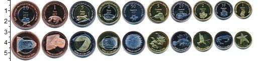 Изображение Наборы монет Сан-Андрес-и-Провиденсия Сан-Андрес и Провиденсия 2015 2015  UNC- В наборе 10 монет но