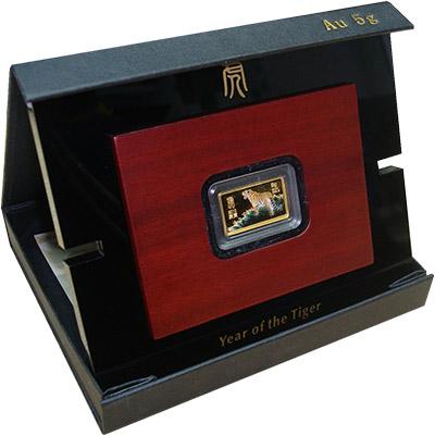Изображение Подарочные наборы Либерия Год тигра 2010 Золото Proof Монета номиналом 50