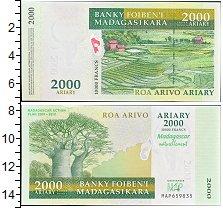 Изображение Банкноты Мадагаскар 2000 ариари 2007  UNC