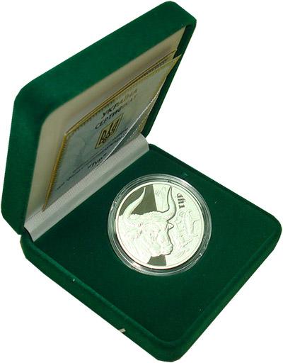 Изображение Подарочные монеты Украина Фауна в памятниках культуры Украины 2017 Серебро Proof `Монета номиналом 5