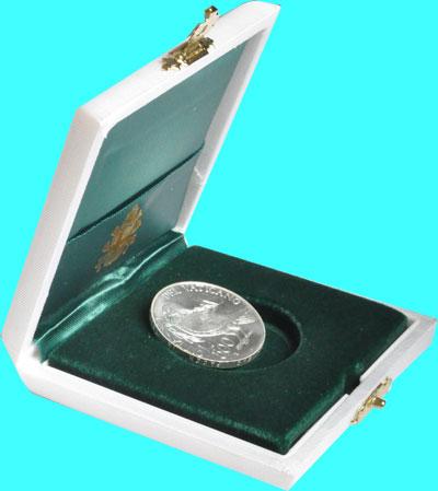 """Изображение Подарочные монеты Ватикан Энциклика Мир на земле 1993 Серебро  """"Монета посвящена 30"""