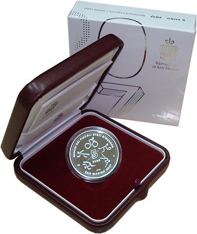 Изображение Подарочные монеты Сан-Марино Игры малых государств Европы 2017 Серебро Proof Монета номиналом 5 е