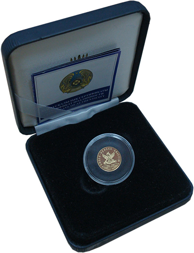 Изображение Подарочные монеты Казахстан 100 тенге 2006 Золото Proof Монета номиналом 100