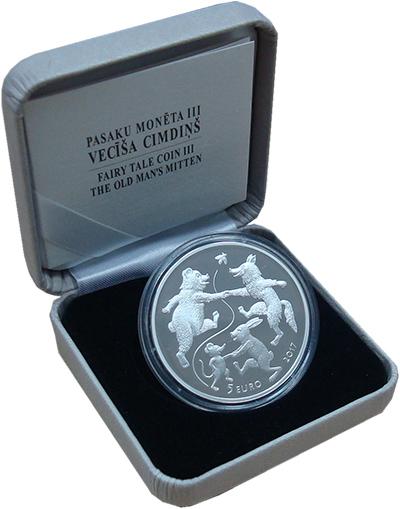 Изображение Подарочные монеты Латвия 5 евро 2017 Серебро Proof Латышская сказка Дед