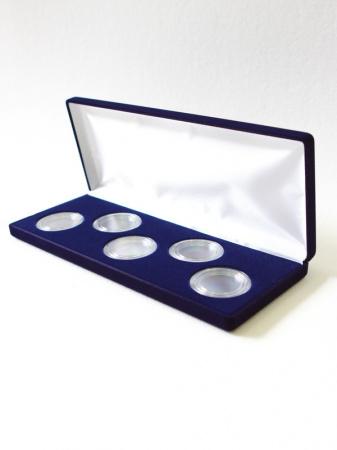 Изображение Аксессуары для монет Бархат Подарочный футляр на 5 монет в капсулах (Ø ячеек 44мм) 0   Футляр (165х165х27 м