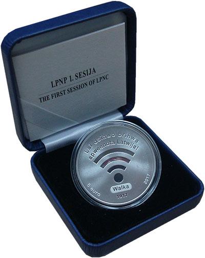 Изображение Подарочные монеты Латвия 5 евро 2017 Серебро Proof Первая сессия Латвий