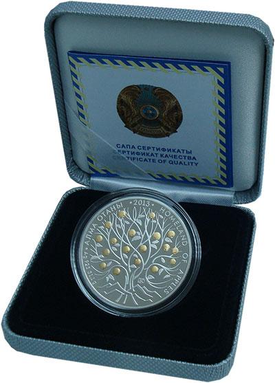 Изображение Монеты Казахстан 500 тенге 2013 Серебро Proof Страна  яблок.  Дере