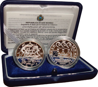 Изображение Подарочные монеты Сан-Марино Олимпийские игры в Афинах 2004 года 2003 Серебро Proof Набор состоит из дву