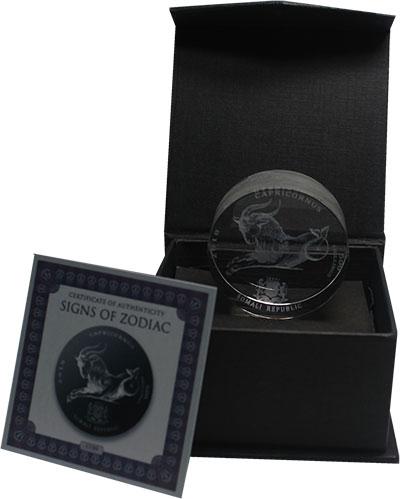 Изображение Подарочные монеты Сомали 500 шиллингов 2018 Стекло UNC Знаки зодиака. Козер