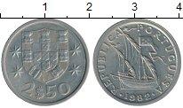 Изображение Монеты Португалия 2 1/2 эскудо 1982 Медно-никель XF