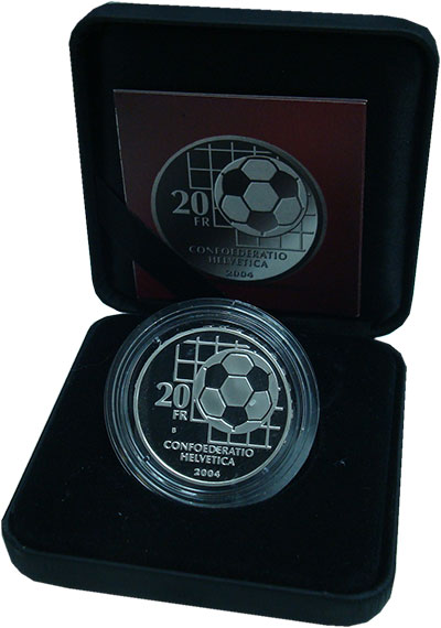 Изображение Подарочные монеты Швейцария 20 франков 2004 Серебро Proof 100 - летие  ФИФА.<