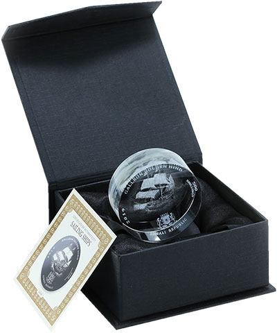 Изображение Подарочные монеты Сомали 500 шиллингов 2019 Стекло UNC Парусник Золотая Лан