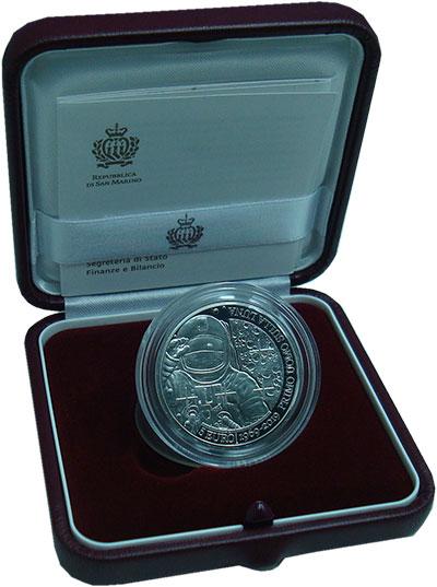 Изображение Подарочные монеты Сан-Марино 5 евро 2019 Серебро Proof 50 лет первой посадк