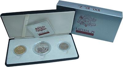 Изображение Подарочные монеты Латвия 75 лет Латвийской Республике 1993  Proof- Набор из трех монет: