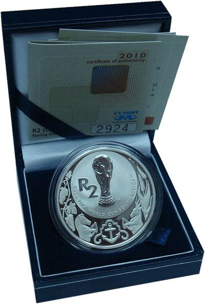 Изображение Подарочные монеты ЮАР 2 ранда 2010 Серебро Proof Чемпионат мира по фу
