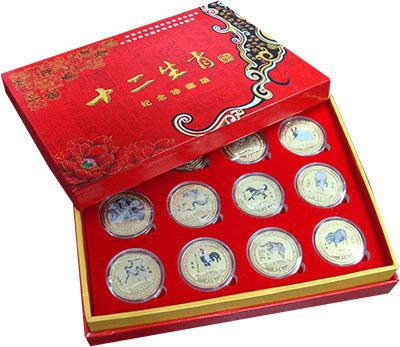 Изображение Подарочные монеты Китай Восточный гороскоп 0 Латунь UNC `Набор жетон ``Восто