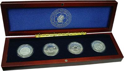 Изображение Подарочные монеты Германия Чемпионат Мира по футболу 2006 г. 0 Серебро UNC Набор из 4 монет по