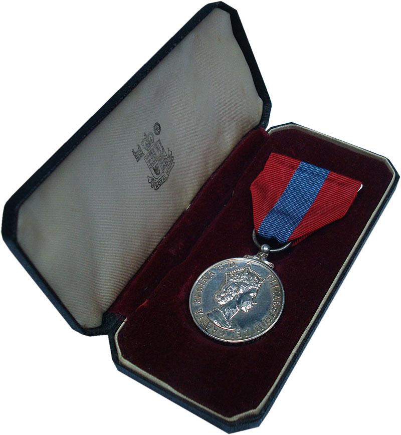 Изображение Подарочные монеты Великобритания Медаль 0 Серебро UNC За верную службу. Ор