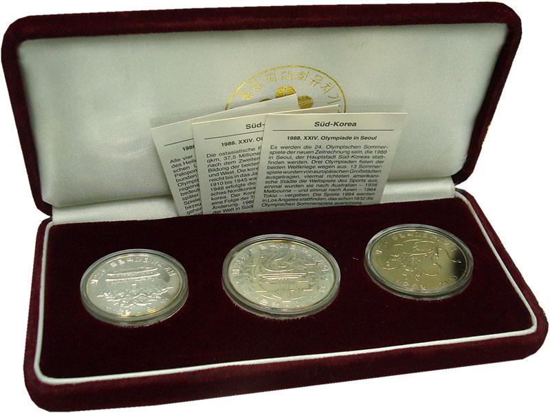Изображение Подарочные монеты Южная Корея Олимпиада в Сеуле 1988 г. 1982  BUNC Набор из трех монет