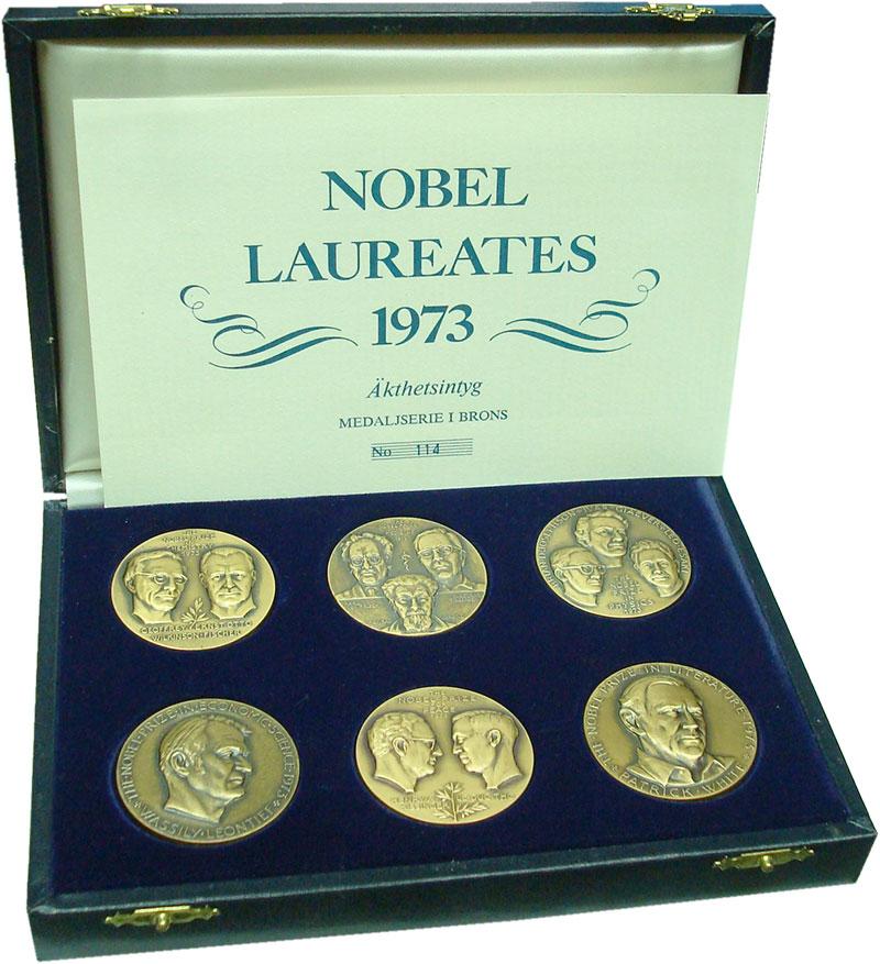 Изображение Подарочные монеты Швеция Нобелевские лауреаты 1973 года 1973 Бронза UNC Набор из 6 медалей в