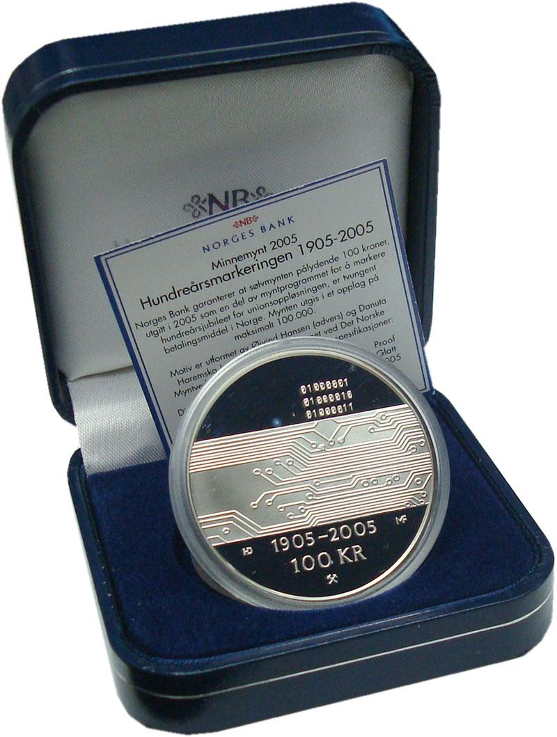 Изображение Подарочные монеты Норвегия 100 крон 2005 Серебро Proof 100 лет союзу между