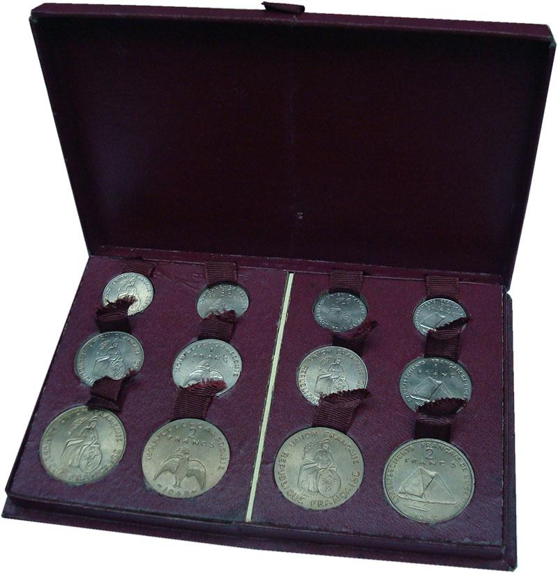 Изображение Подарочные монеты Французские Тихоокеанские территории Набор 1948 года 1948 Медно-никель UNC Набор из 12 пробных