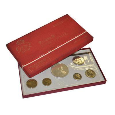 Изображение Подарочные монеты Монако Набор монет 1975 года 1975  UNC Годовой набор 1975 г