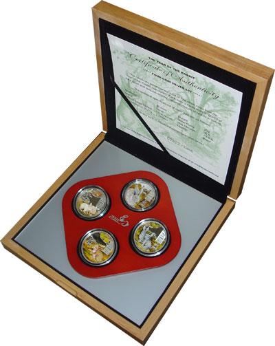 Изображение Подарочные монеты Острова Кука Год кролика 2011 Серебро Proof `Подарочный набор по