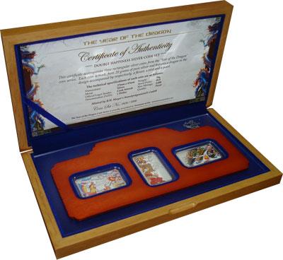 Изображение Подарочные монеты Острова Кука Год Дракона 0 Серебро Proof `Подарочный набор по