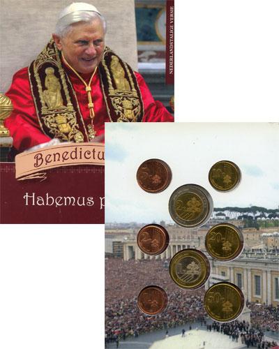 Изображение Подарочные монеты Ватикан Бенедикт XVI 2005  UNC