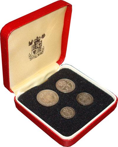 Изображение Подарочные монеты Великобритания Маунди-сет 1890 (Благотворительный набор) 1890 Серебро