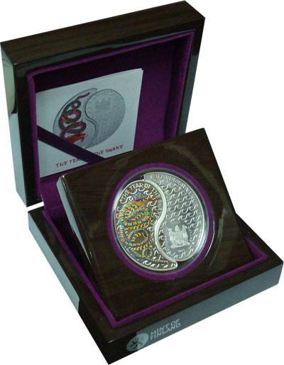 Изображение Подарочные монеты Фиджи Год Змеи 2013 Серебро Proof Подарочная монета по