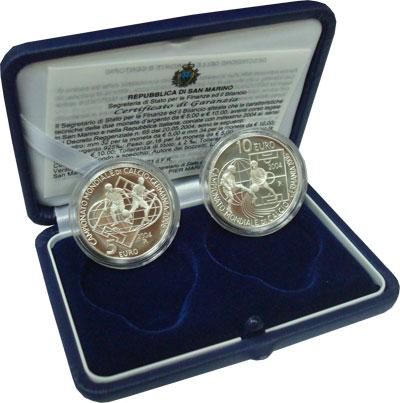 Изображение Подарочные монеты Сан-Марино Чемпионат мира по футболу в Германии 2006 года 2004 Серебро Proof
