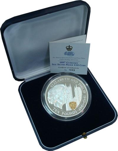 Изображение Подарочные монеты Гернси 50 лет со дня свадьбы Королевы Елизаветы II и принца Филиппа 1997 Серебро Proof Представляем Вашему